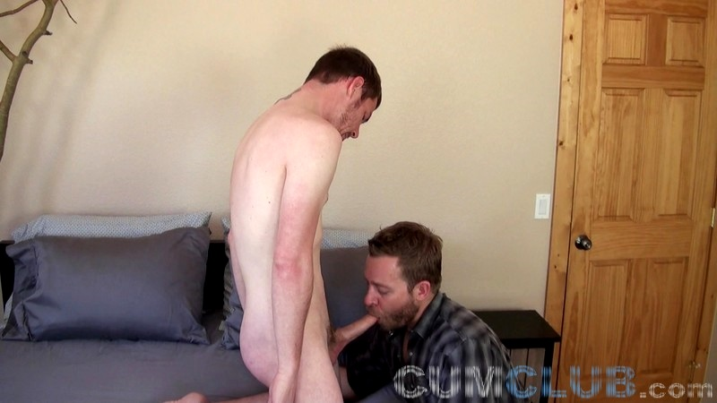 Sucking Young Cum - CumClub.com